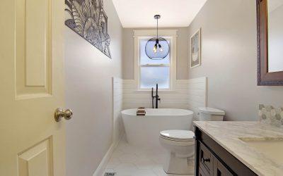 Nolensville Guest Bathroom